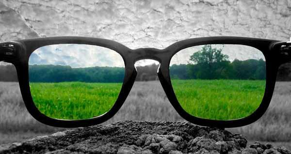 можно ли управлять автомобилем в очках для дальтоников